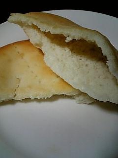 11.4ピタパン中空洞.jpg